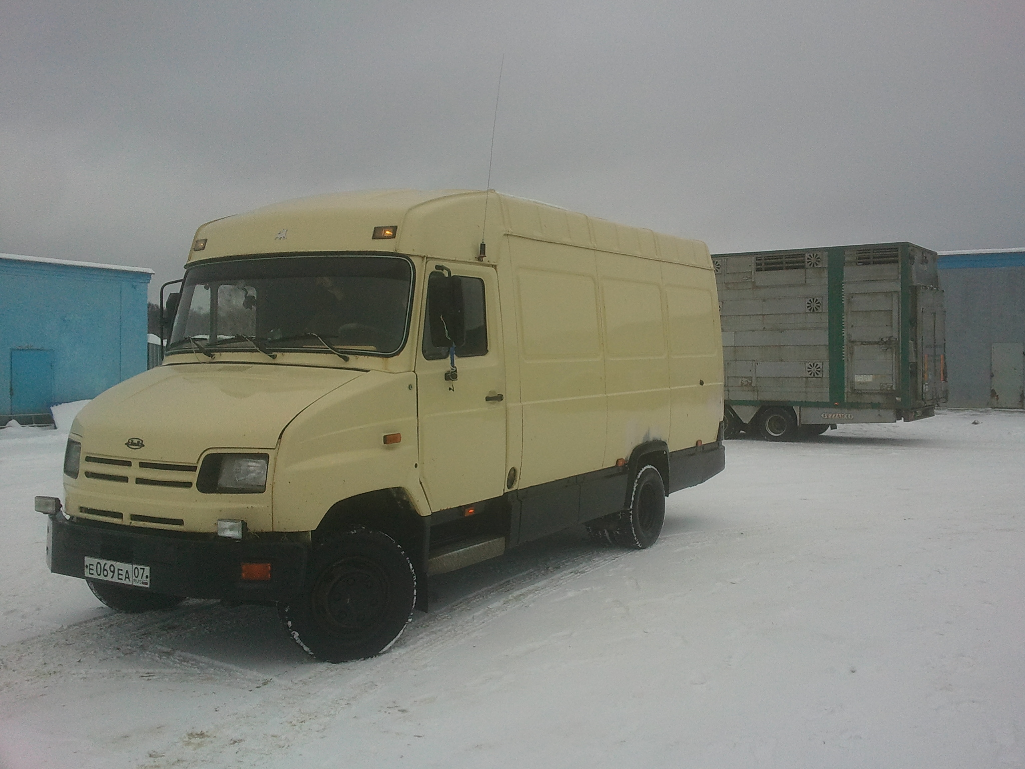 Перевести груз 3 тонны по России
