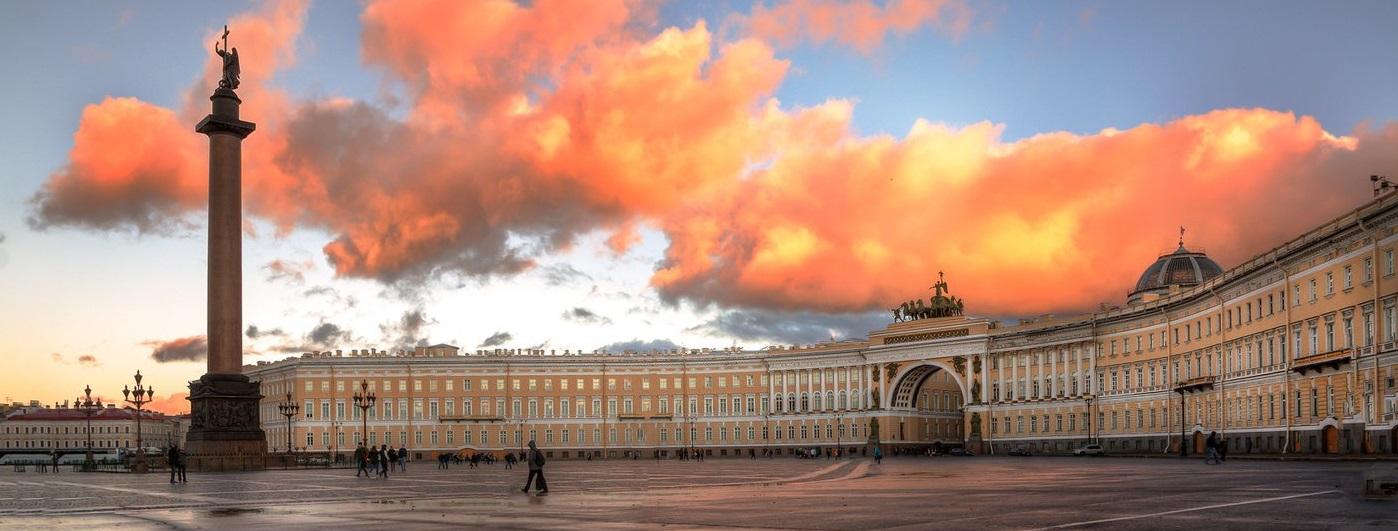 Грузоперевозки из Санкт-Петербурга по России дешево